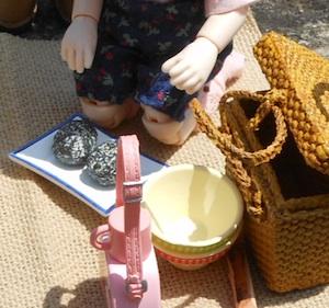 食玩リーメントの水筒、ボウル、バッグなど