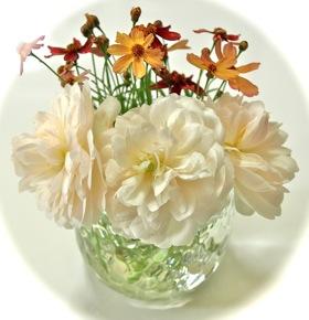 白バラとコレオプシスのミニアレンジ
