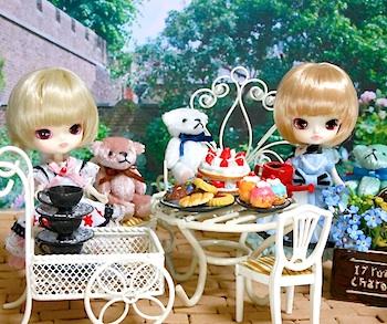 リトルダル+ジュエ(ピンクアリス服)白兎(ルーチェ服)