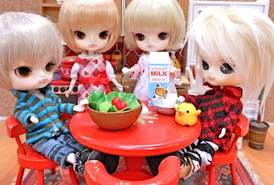 Rirrakuma-EggKitchen04.jpg