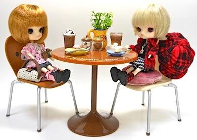 リラックマCafeテーブルとリトルダル+