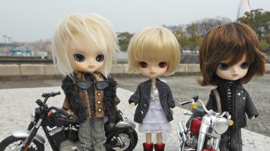 リトルダル+Silverシルバー隊員とバイク