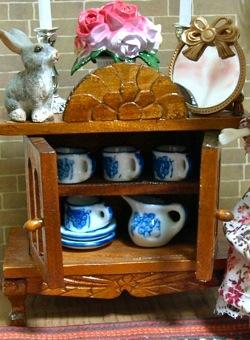 ミニチュアの陶器のティーセット