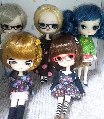 zinさん宅の可愛いメガネっ子達